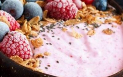 Coconut and Berry Smoothie Bowl